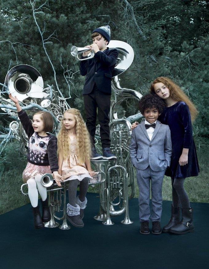 Ники Минаж снялась  в рождественской кампании H&M. Изображение № 6.