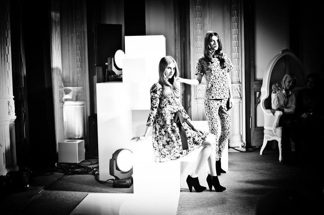 Репортаж: Бархатные платья  и светящиеся кубы на LUBLU Kira Plastinina FW 2013. Изображение № 36.