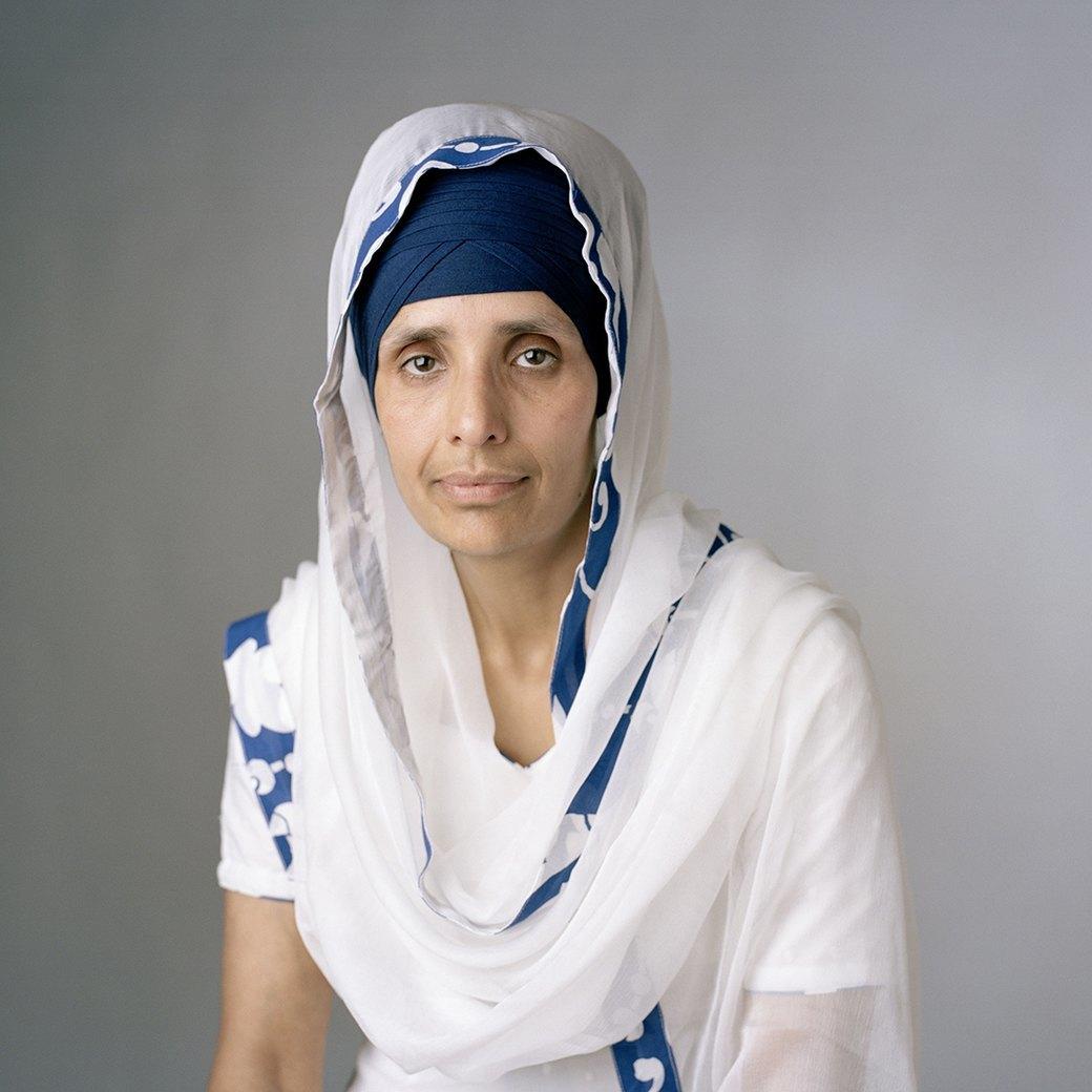 «Purdah»:  Женщины о традиции  покрывать голову. Изображение № 5.