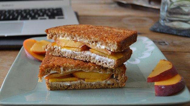 Американка сделает 300 сэндвичей, чтобы выйти замуж. Изображение № 1.