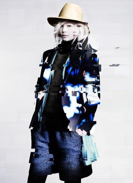 Пальто с графическими принтами в лукбуке Minimarket . Изображение № 2.