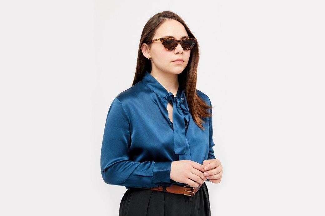 Основательница винтажного магазина More is More Аня Кольцова о любимых нарядах. Изображение № 1.