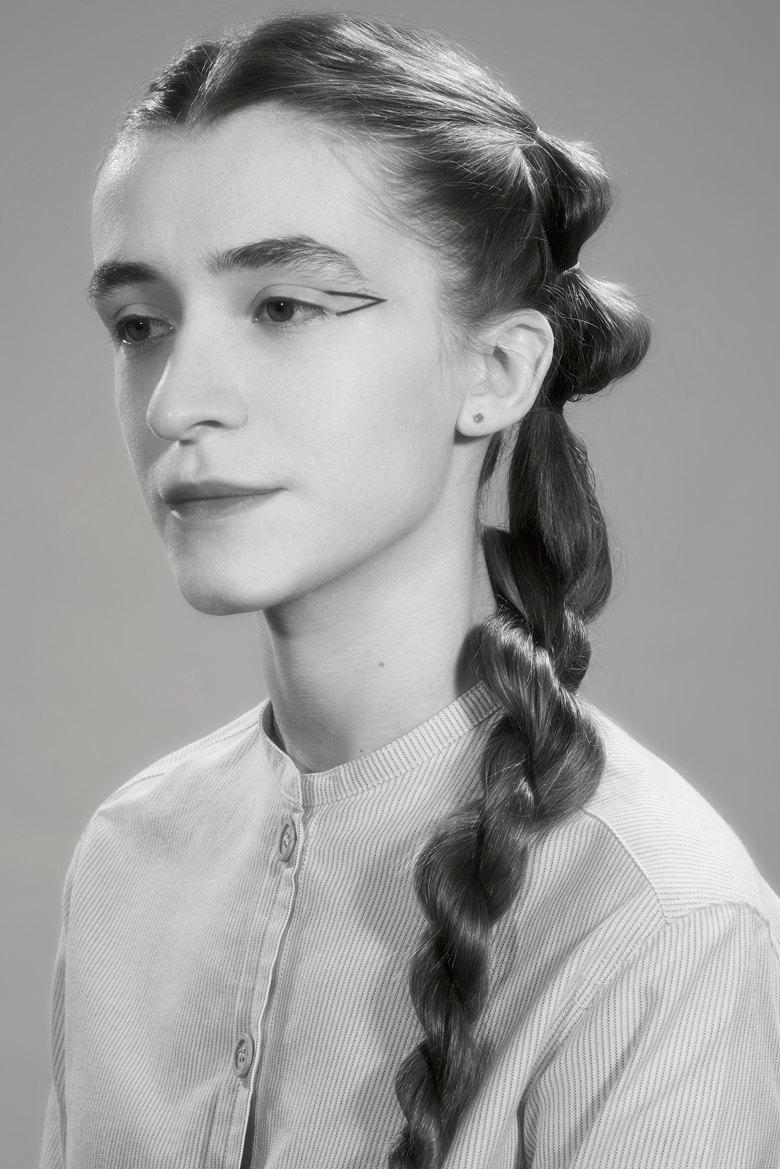 Модные причёски  из 90-х для волос  разной длины. Изображение № 7.