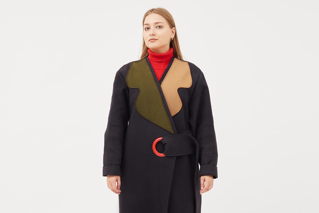 Дизайнер и иллюстратор Аня Щемелёва-Коноваленко о любимых нарядах . Изображение № 1.
