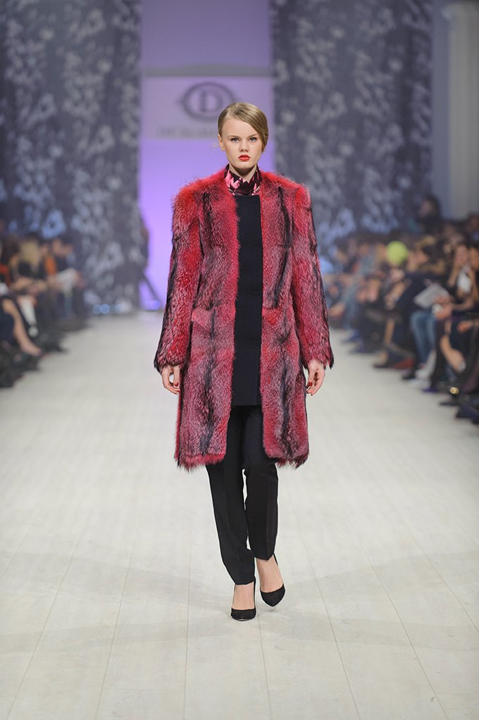 Показ DS'Dress by Alyonova на Ukrainian Fashion Week . Изображение № 13.