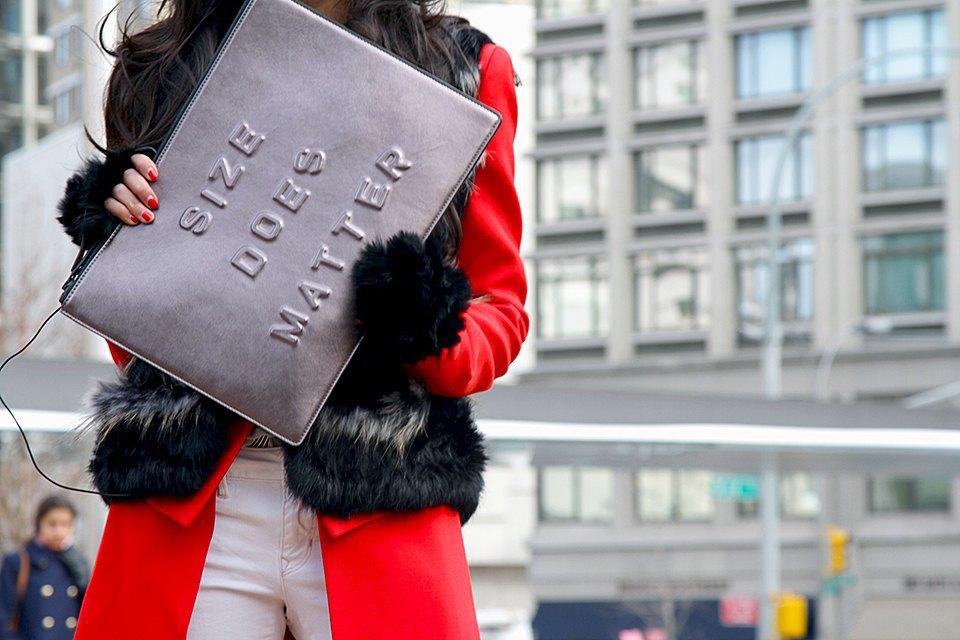 Стритстайл: Что носят на Нью-Йоркской неделе моды. Изображение № 30.