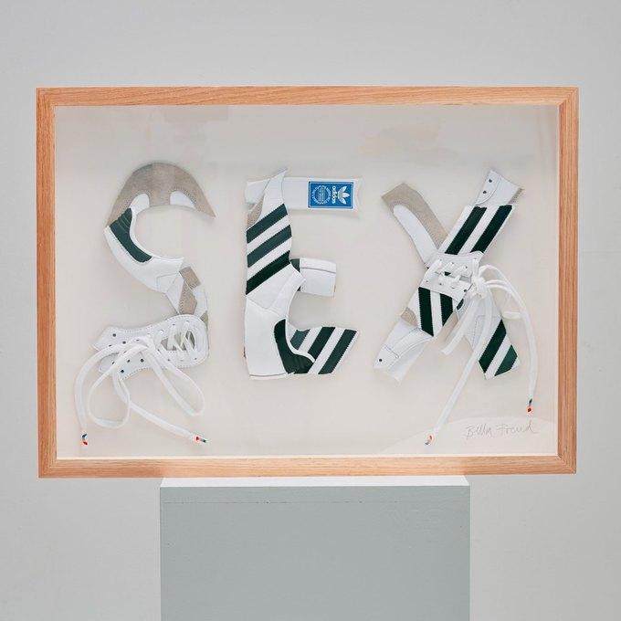 Марк Джейкобс и Белла Фрейд сделали «радужные» кроссовки для adidas. Изображение № 7.