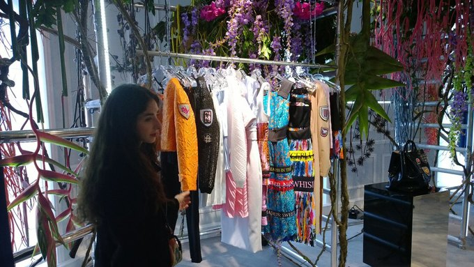 Прямой репортаж  с Paris Fashion Week:  День 8. Изображение № 13.