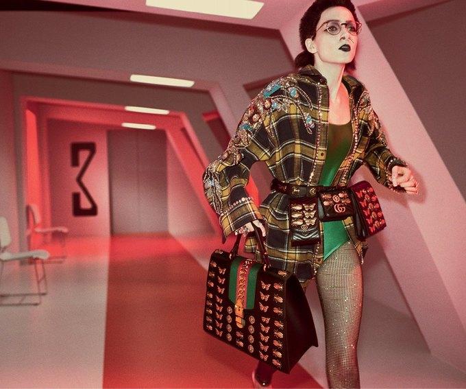 В новой кампании Gucci снялись пришельцы  и динозавры. Изображение № 24.