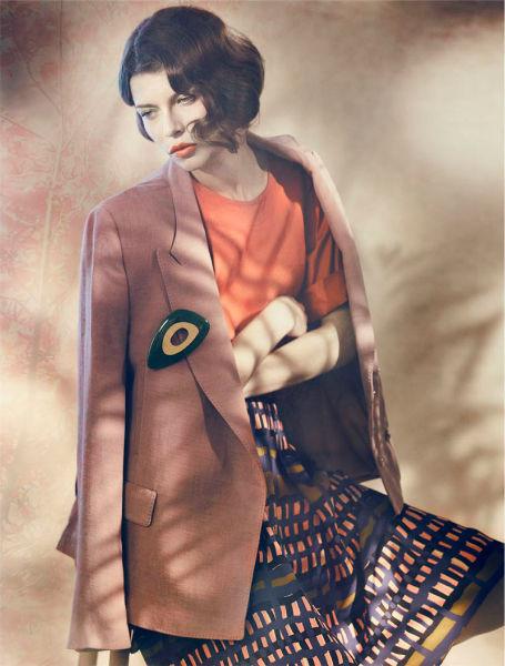 Съёмка в немецком Elle, январь 2012. Изображение № 74.