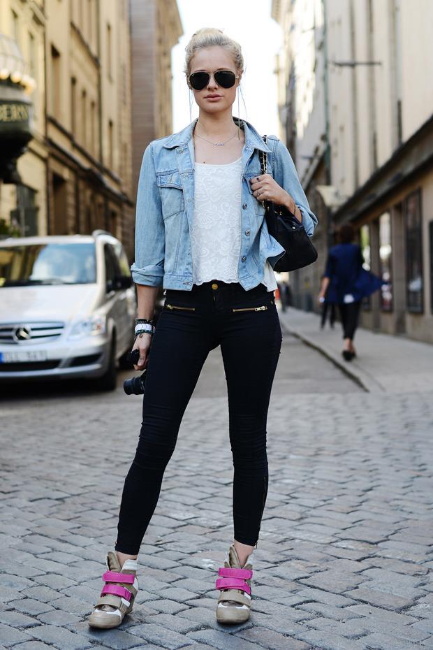 Парни в криперах и девушки в шортах на Неделе моды в Стокгольме . Изображение № 16.