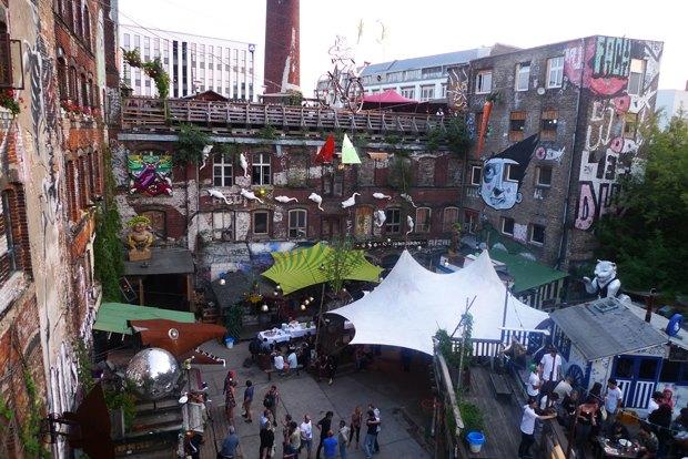 Бар, ресторан, скейт-парк для «своих» на месте заброшенной фабрики — Kater . Изображение № 7.
