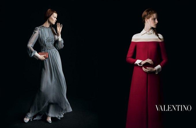 Valentino воссоздала фламандскую живопись для новой кампании. Изображение № 10.