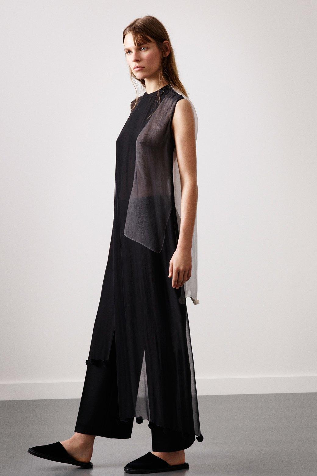 Платье на брюки:  Как использовать  многослойность. Изображение № 6.