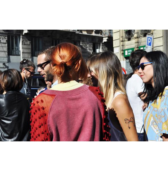 Анна Делло Руссо, Брайан Бой и другие перед показом Gucci SS 2012. Изображение № 11.