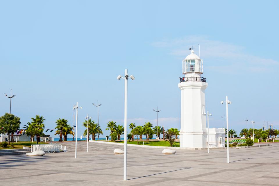 Куда поехать летом: 8 мест для культурно-пляжного отдыха. Изображение № 4.