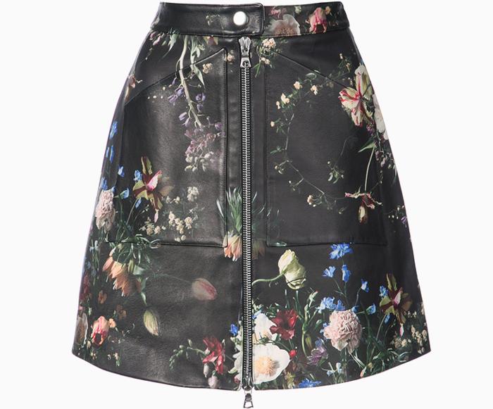 Скоро весна: 10 вещей с цветочным принтом на тёмном фоне. Изображение № 8.