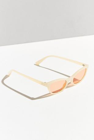 Узкие очки: Элегантный тренд из 90-х — не только для шпионов. Изображение № 2.