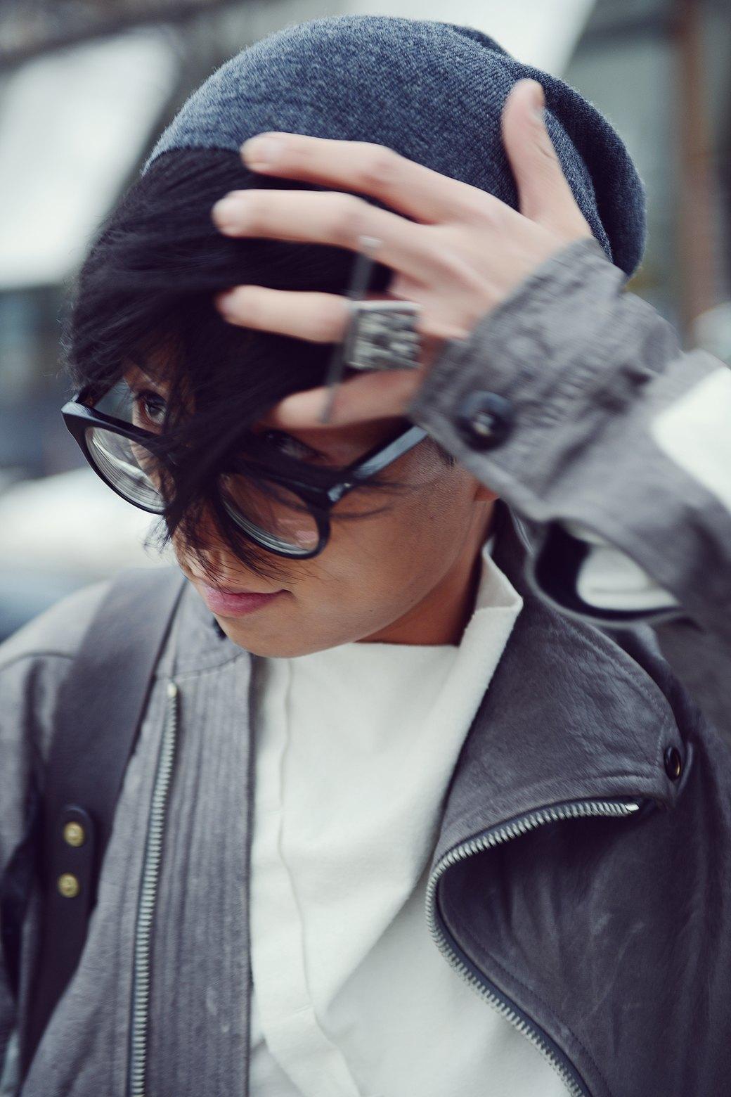 Шубы и горох на Stockholm Fashion Week. Изображение № 47.