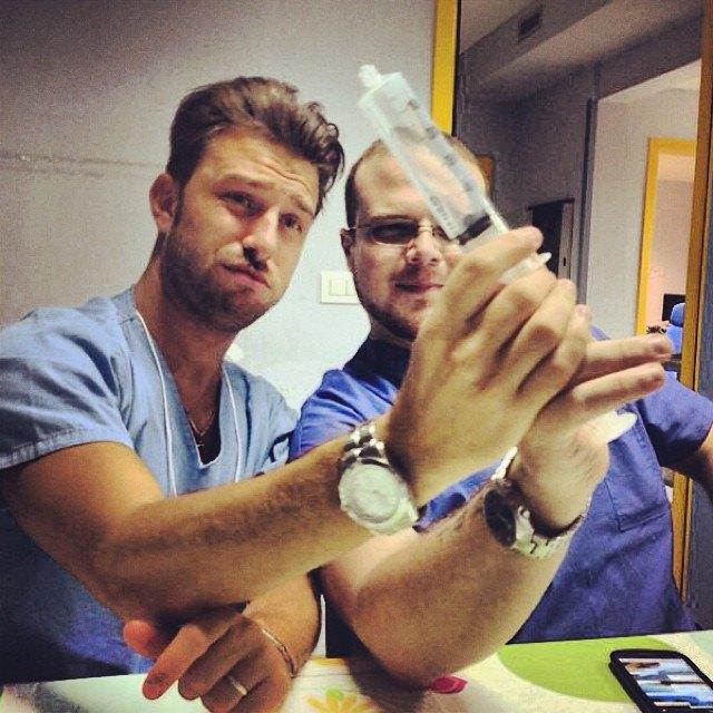 Горячие медики  в Instagram. Изображение № 25.