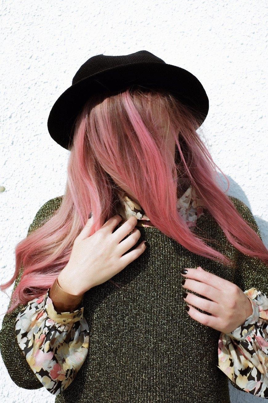 Роуз Бродбент, художница и владелец винтажного бутика из Торонто. Изображение № 19.