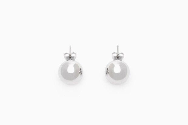 Для любителей минимализма: 10 пар серёг от простых до роскошных. Изображение № 10.