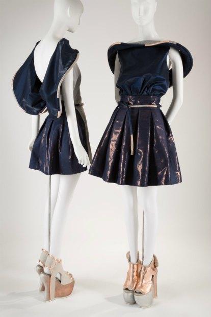 Платья россиян Homo Consommatus станут музейными экспонатами. Изображение № 2.