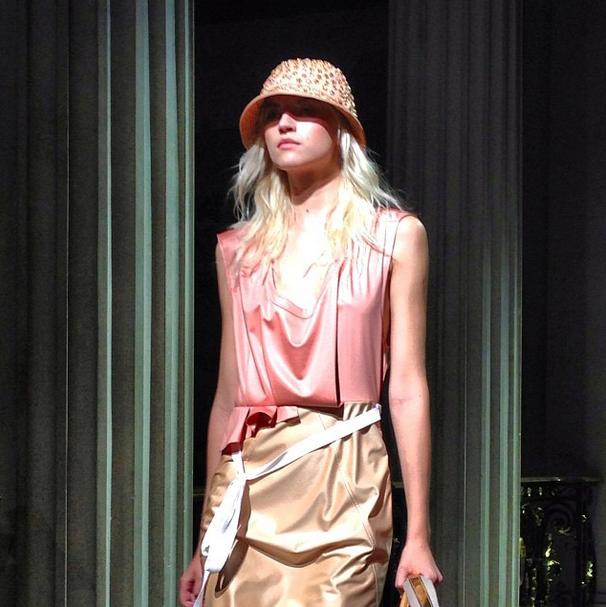 Главные показы  четвертого дня  Paris Fashion Week. Изображение № 7.