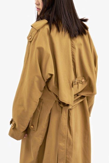 Cтарший редактор моды Glamour Иляна Эрднеева о любимых нарядах. Изображение № 16.