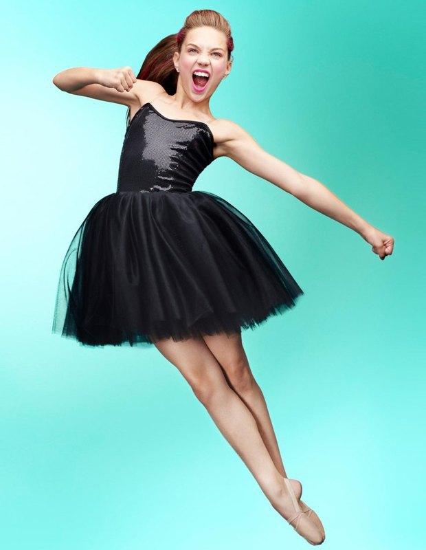 Танцовщица Мэдди Зиглер снялась в рекламной кампании Capezio. Изображение № 6.