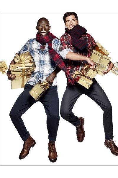 Леди Гага и Тони Беннетт веселятся на вечеринке в ролике H&M. Изображение № 4.