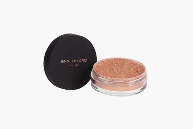 Рассыпчатая пудра Livin' The Highlight Illuminator Feb JLo, 1500 руб.. Изображение № 7.