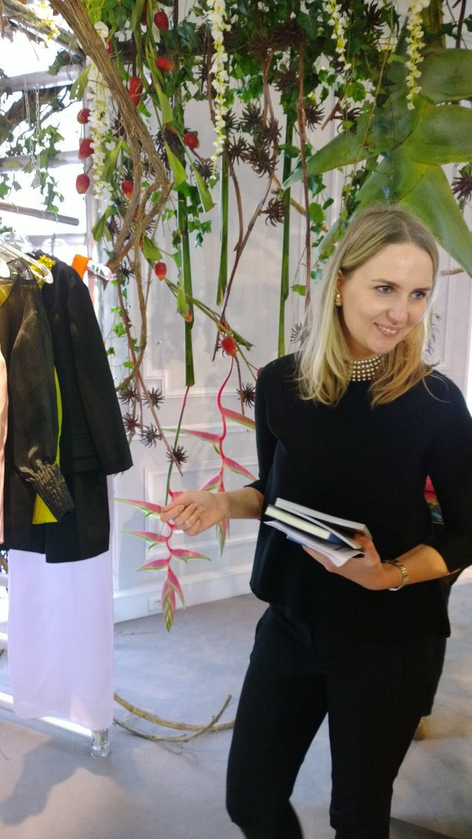 Прямой репортаж  с Paris Fashion Week:  День 8. Изображение № 15.