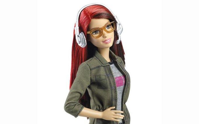 Mattel выпустили Барби-разработчицу видеоигр. Изображение № 1.