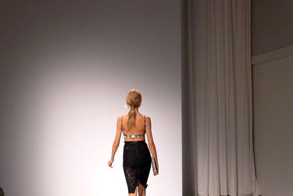 Milan Fashion Week: Первые три дня. Изображение № 17.