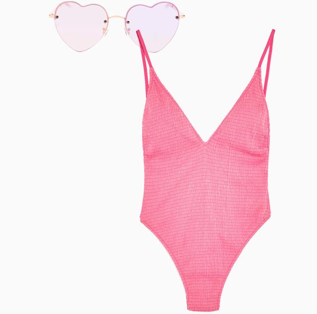 Комбо: Слитный купальник с солнечными очками. Изображение № 3.