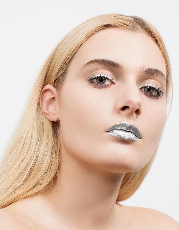 Монохромный макияж: 5 эффектных образов . Изображение № 8.