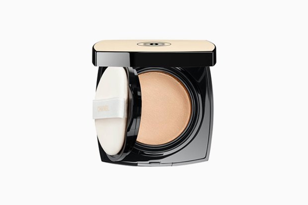Chanel Les Beiges Healthy Glow Gel Touch Foundation. Изображение № 2.