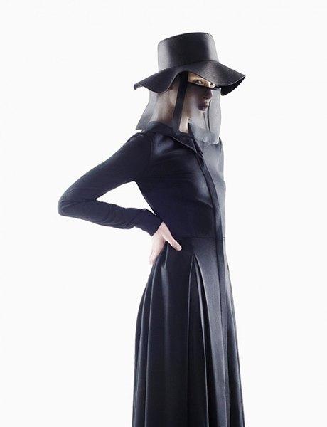 Ксения Шнайдер,  украинский фэшн-дизайнер. Изображение № 11.