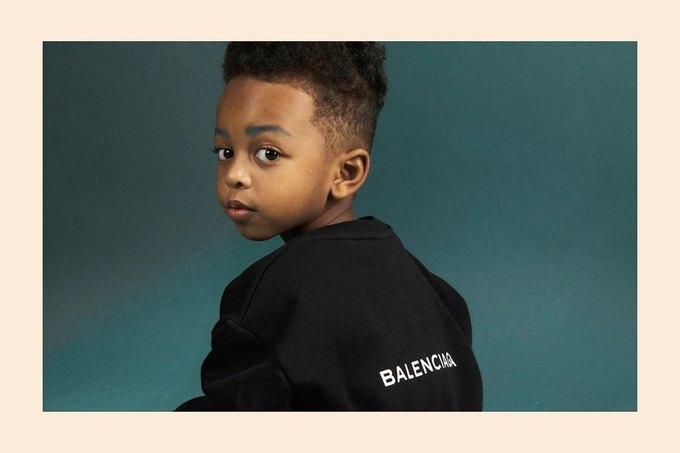 Balenciaga показали яркую детскую коллекцию. Изображение № 1.