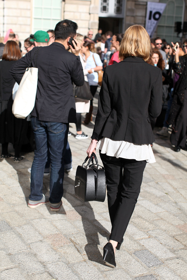 Streetstyle: Неделя моды в Лондоне, часть 1. Изображение № 29.