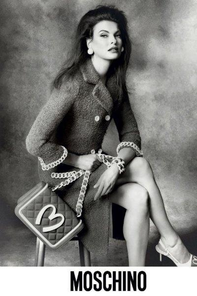 Линда Евангелиста стала лицом Moschino. Изображение № 1.