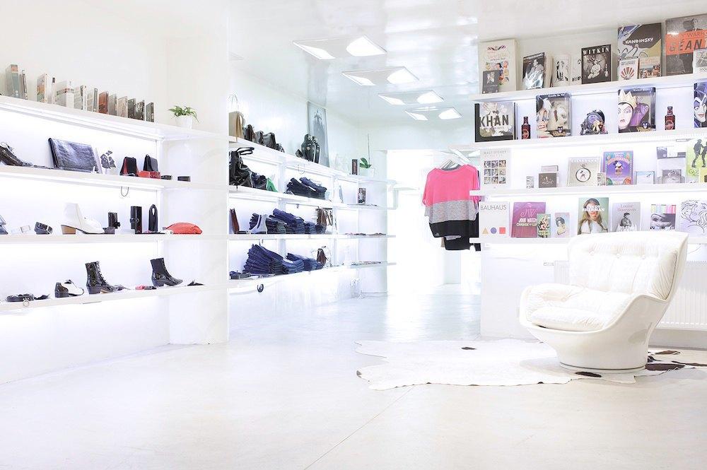 По каким магазинам  ходить в Брюсселе. Изображение № 31.