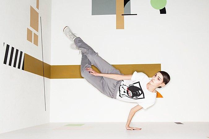 Графичные декорации Алексея Луки в осеннем лукбуке Kixbox. Изображение № 13.