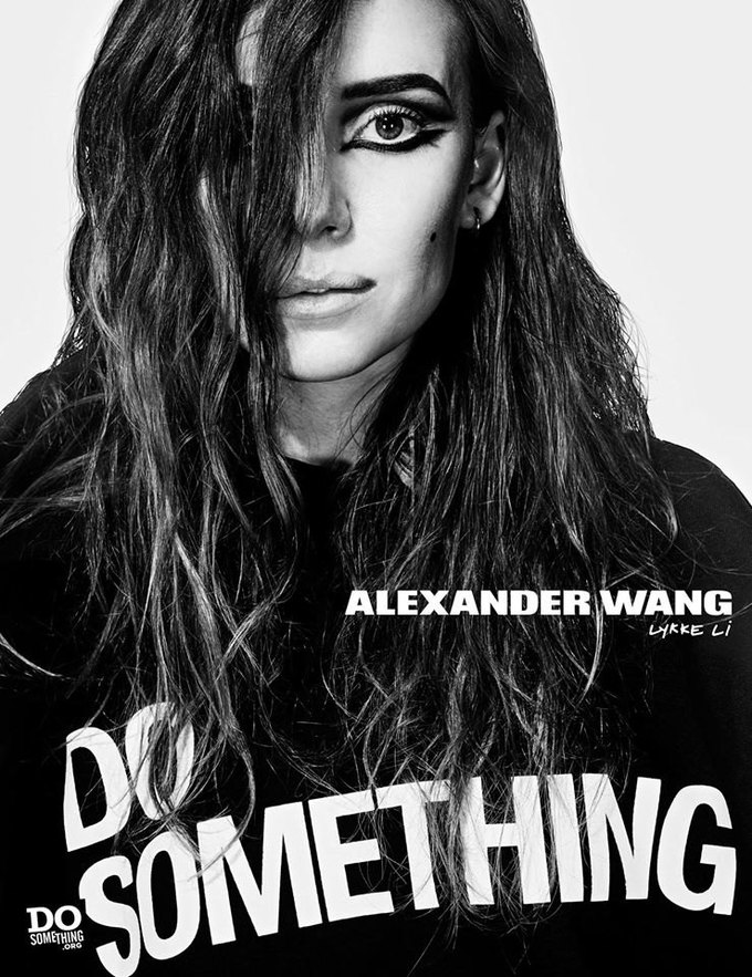 В новой рекламной кампании Alexander Wang снялись 37 звезд. Изображение № 6.