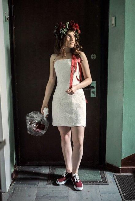 Это по любви:  Девушки о своих свадебных платьях. Изображение № 7.