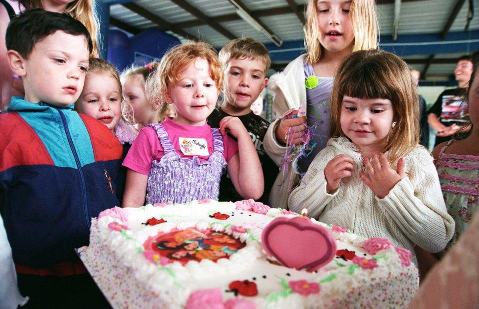 Принцессы и супергерои: Как отмечают детские  дни рождения. Изображение № 3.