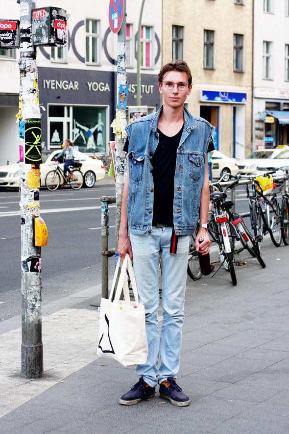 Расслабленность и простота на улицах Берлина. Изображение № 49.