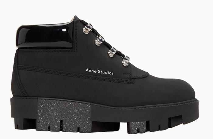 Против слякоти: 10 трекинговых ботинок от простых до роскошных. Изображение № 10.
