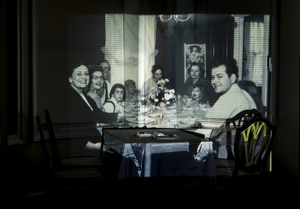 «Проекции прошлого»: Оживший семейный фотоальбом. Изображение № 5.